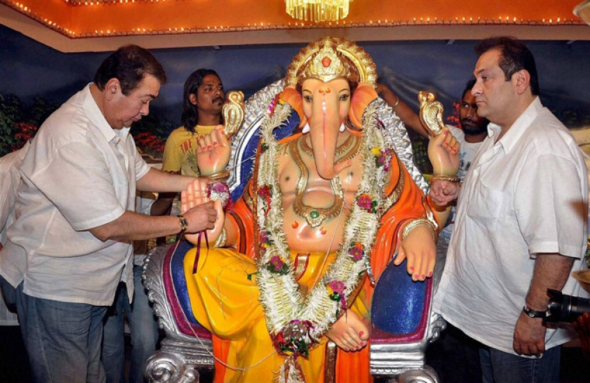 Celebs celebrates Ganesh Chaturthi Photos