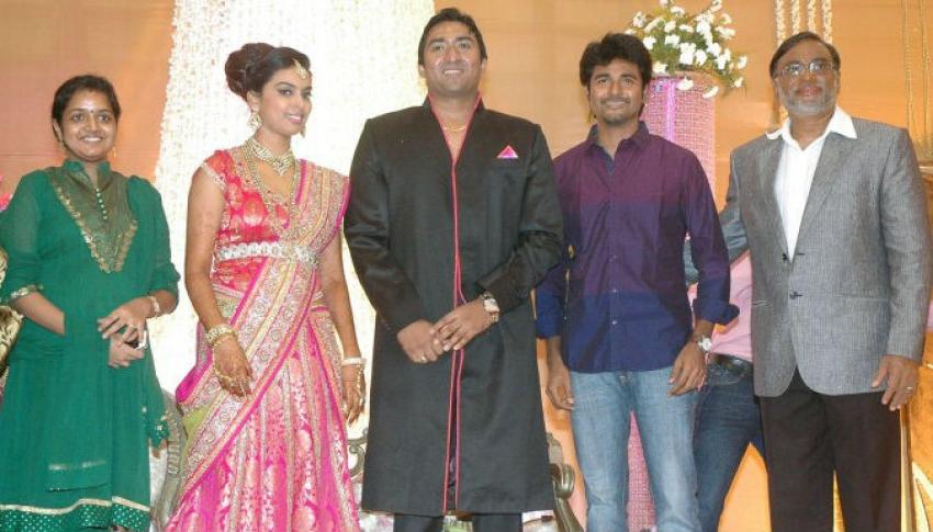 TG Thyagarajan son Senthil Dhasha Wedding Reception Photos - FilmiBeat