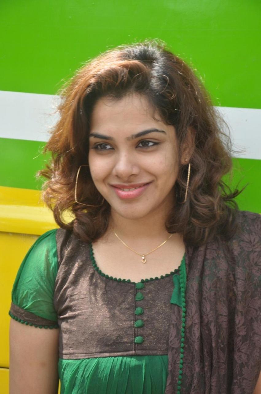 Soodhattam Photos