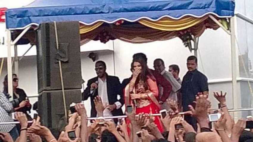 Aishwarya Rai in Trivandrum for Kalyan Jewellers  Showroom Launch Photos