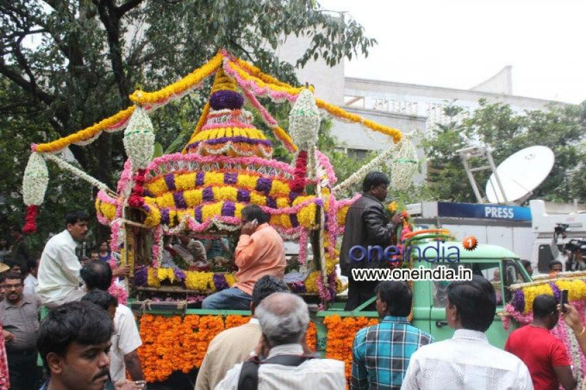 Famous Singer Manna Dey Funeral Photos