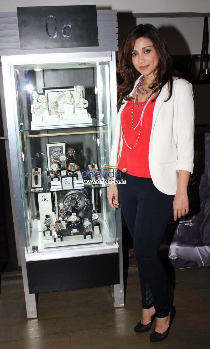 Amrita Puri unveils bestselling collection of GUESS & GC Photos