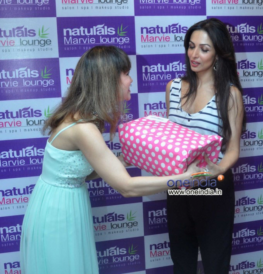 Malaika Arora Khan attends Naturals Marvie Lounge launch Photos