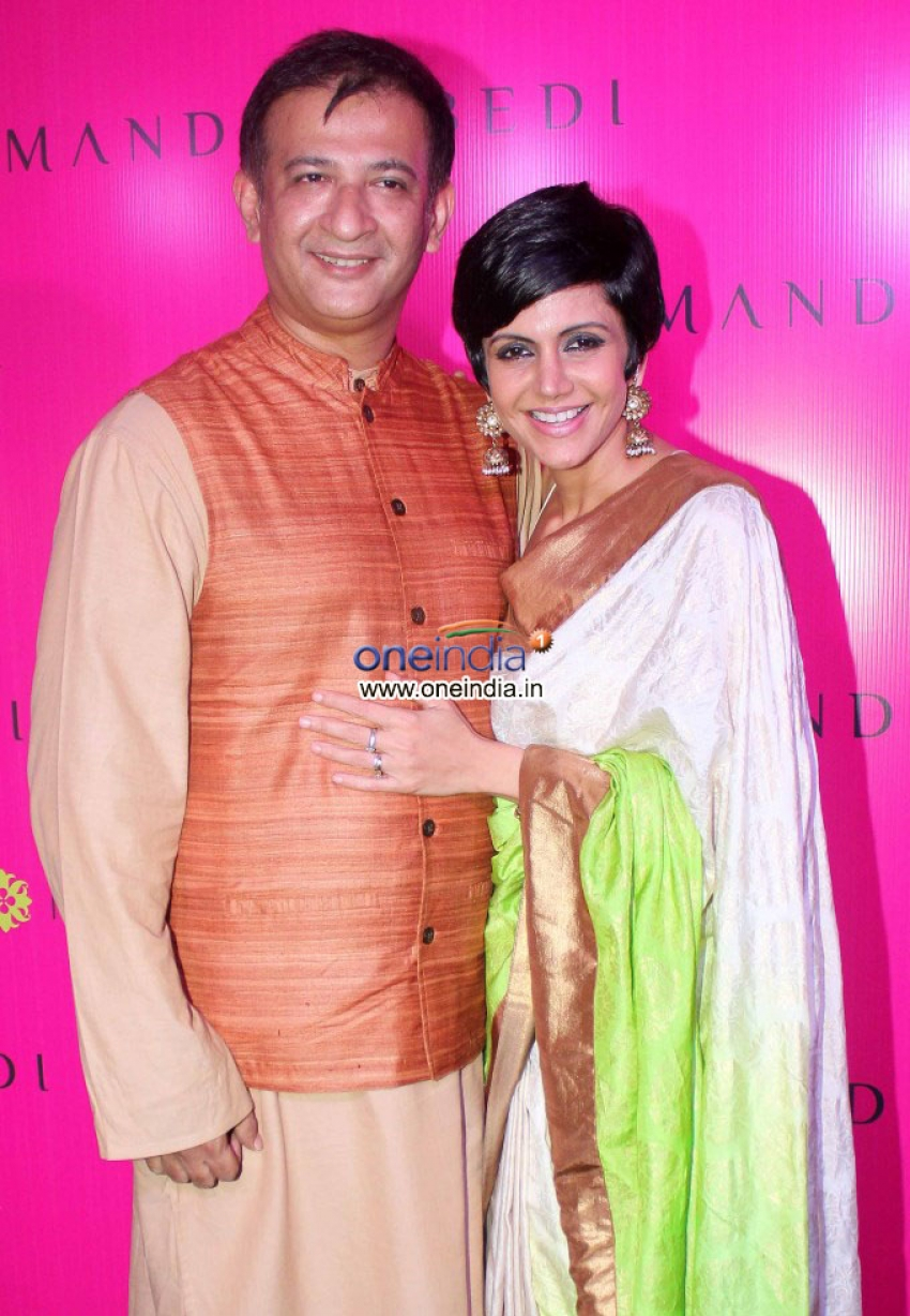 Inaugration of Mandira Bedi's New Sari Store Photos