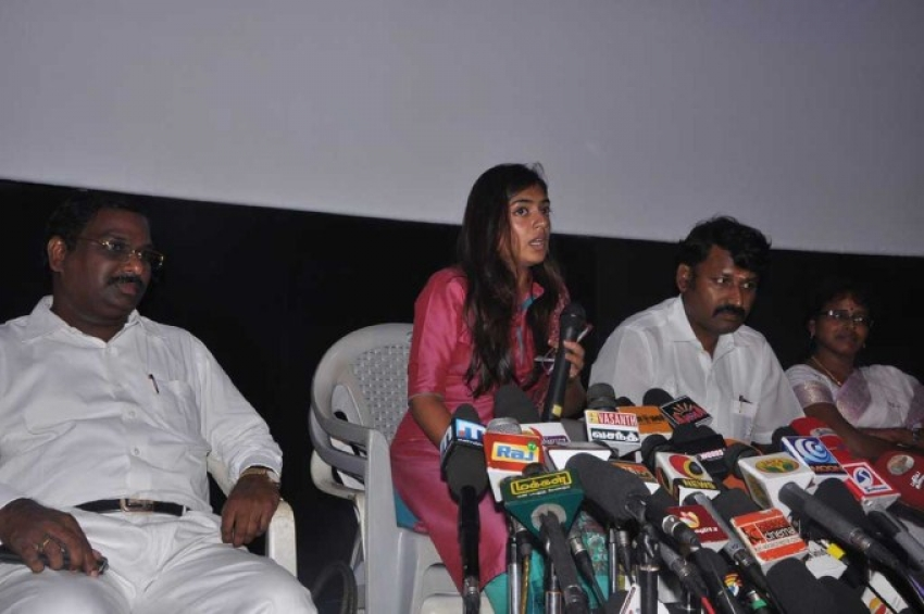 Nazriya Nazim Press Meet Photos