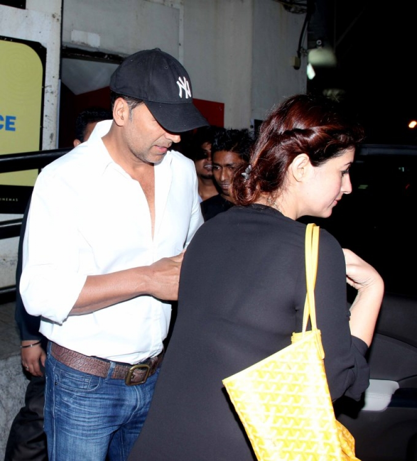 Bipasha Basu and Akshay Kumar watch Ram Leela at PVR Cinemas Mumbai Photos