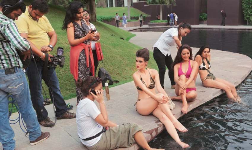 Behind the scenes of Kingfisher Calendar 2014 photo shoot Photos