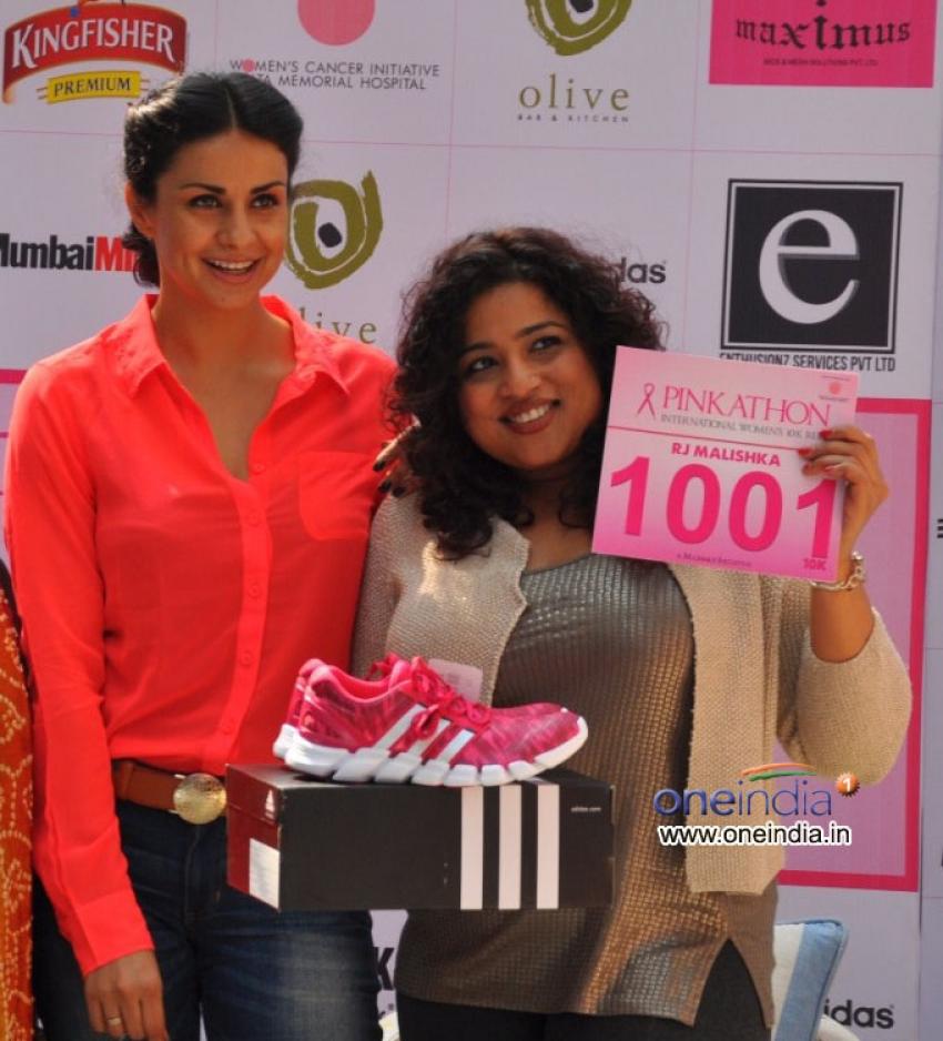 Breast Cancer Awareness with Pinkathon Mumbai 2013 Photos
