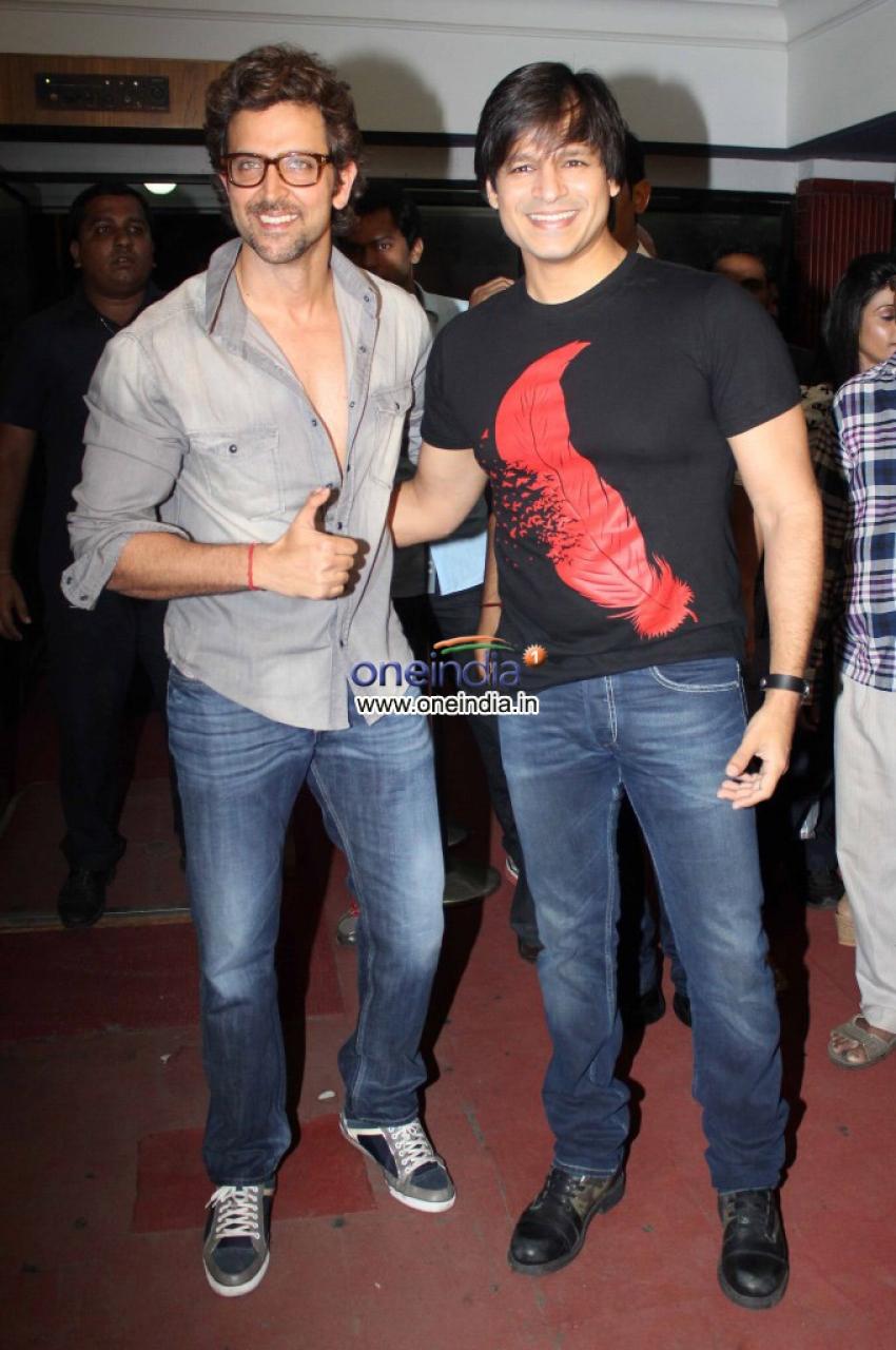 Promotion of film Krrish 3 at Chandan Cinema Photos