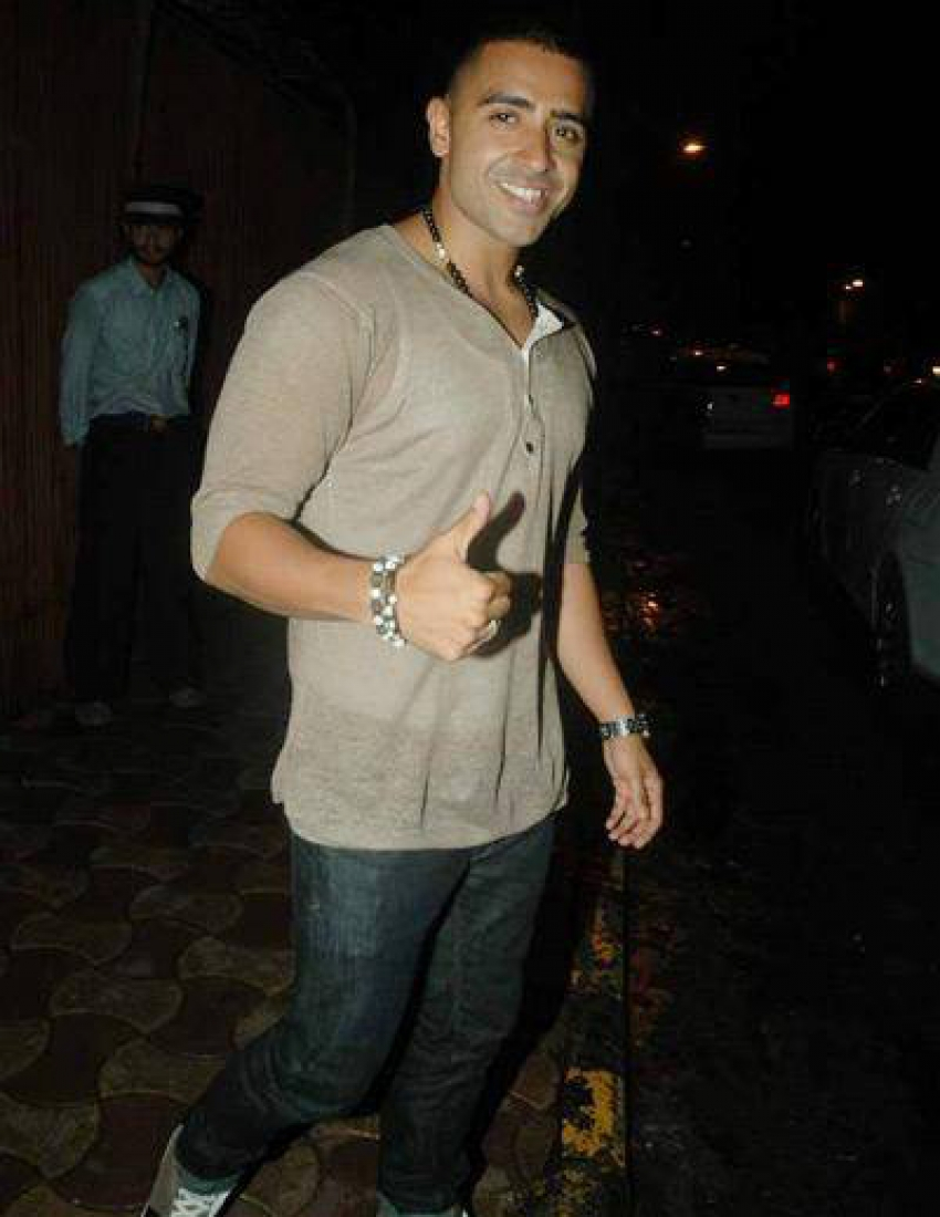 Celebs snapped at Jay Sean's private dinner Photos