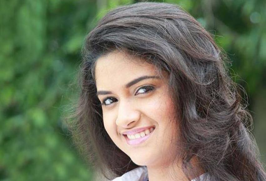 Keerthi Menaka Photos