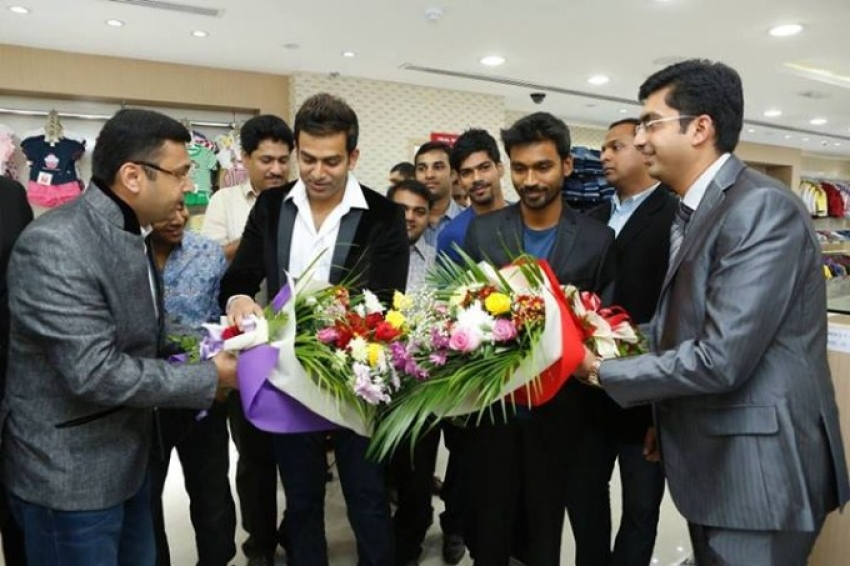 Prithviraj and Dhanush Inaugurates Kalyan Silk Photos