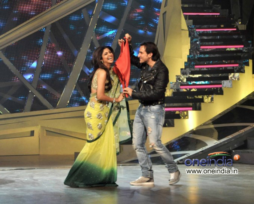Bulett Raja film promotion on the sets of Nach Baliye 6 Photos