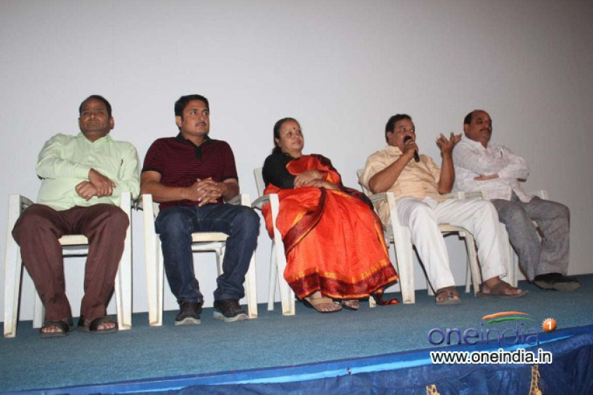 Sarvagna Matte Hutti Baa Film Press Meet Photos