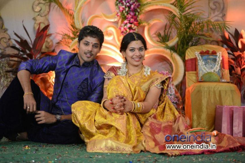 Singer Geetha Madhuri and Actor Nandu Engagement Photos
