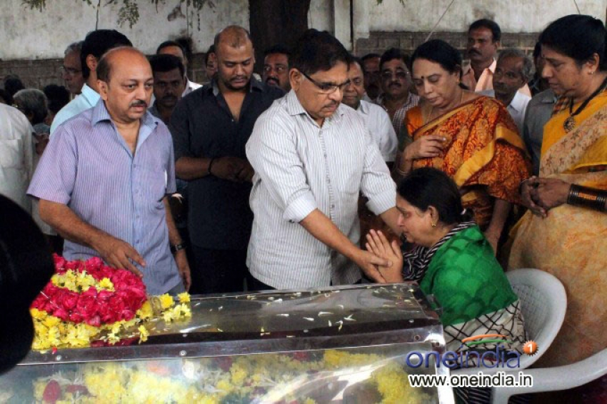 Telugu Actor AVS Death Condolence Meet Photos