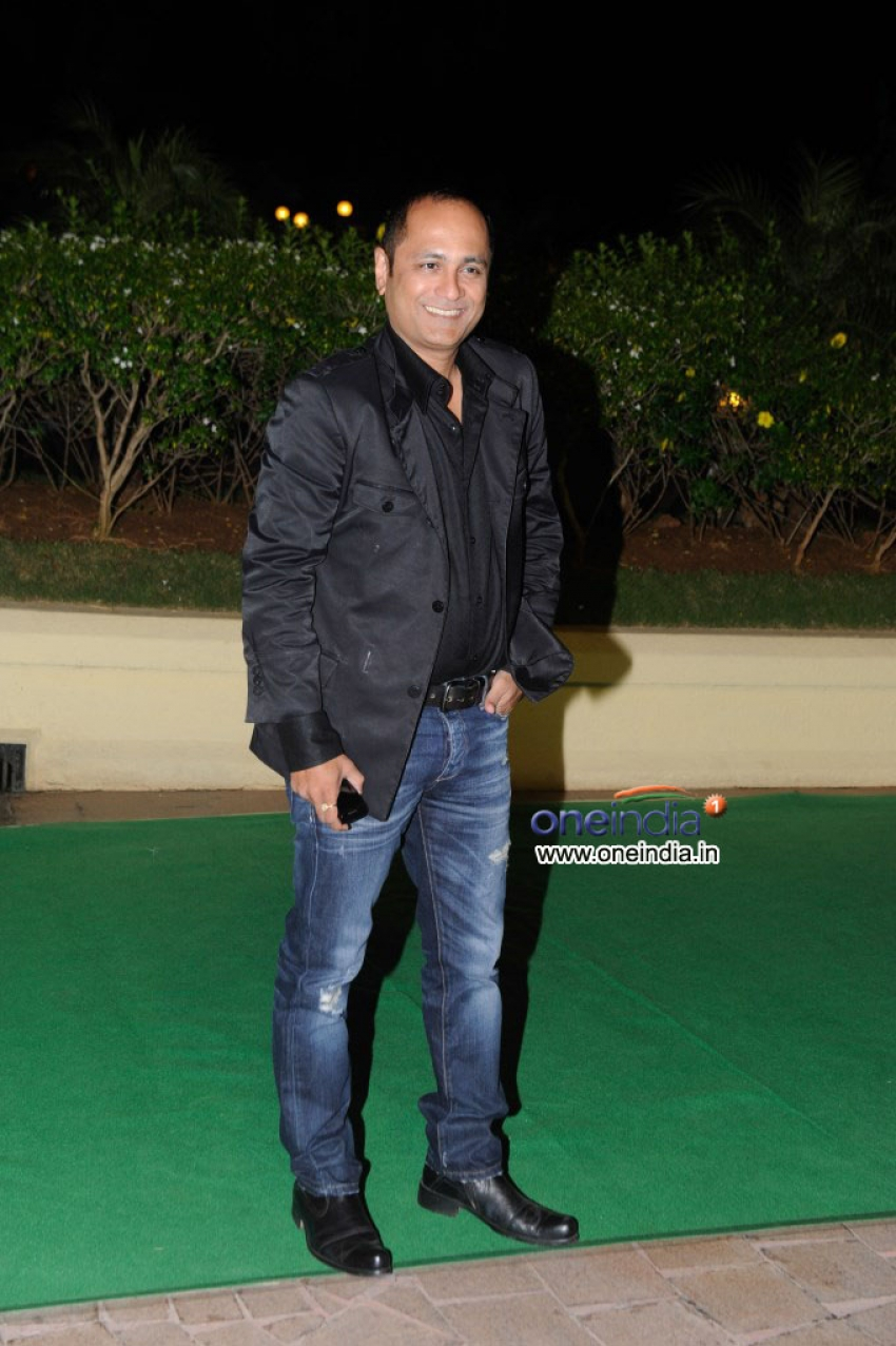 Vishesh Bhatt's wedding reception Photos