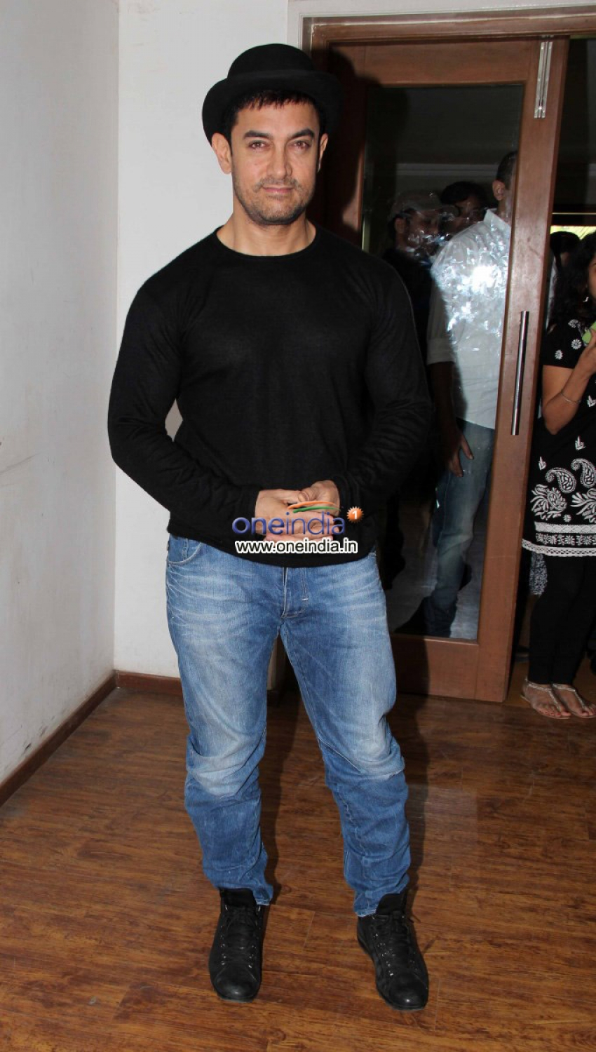 Aamir Khan press conference on Dhoom 3 ticket prices Photos