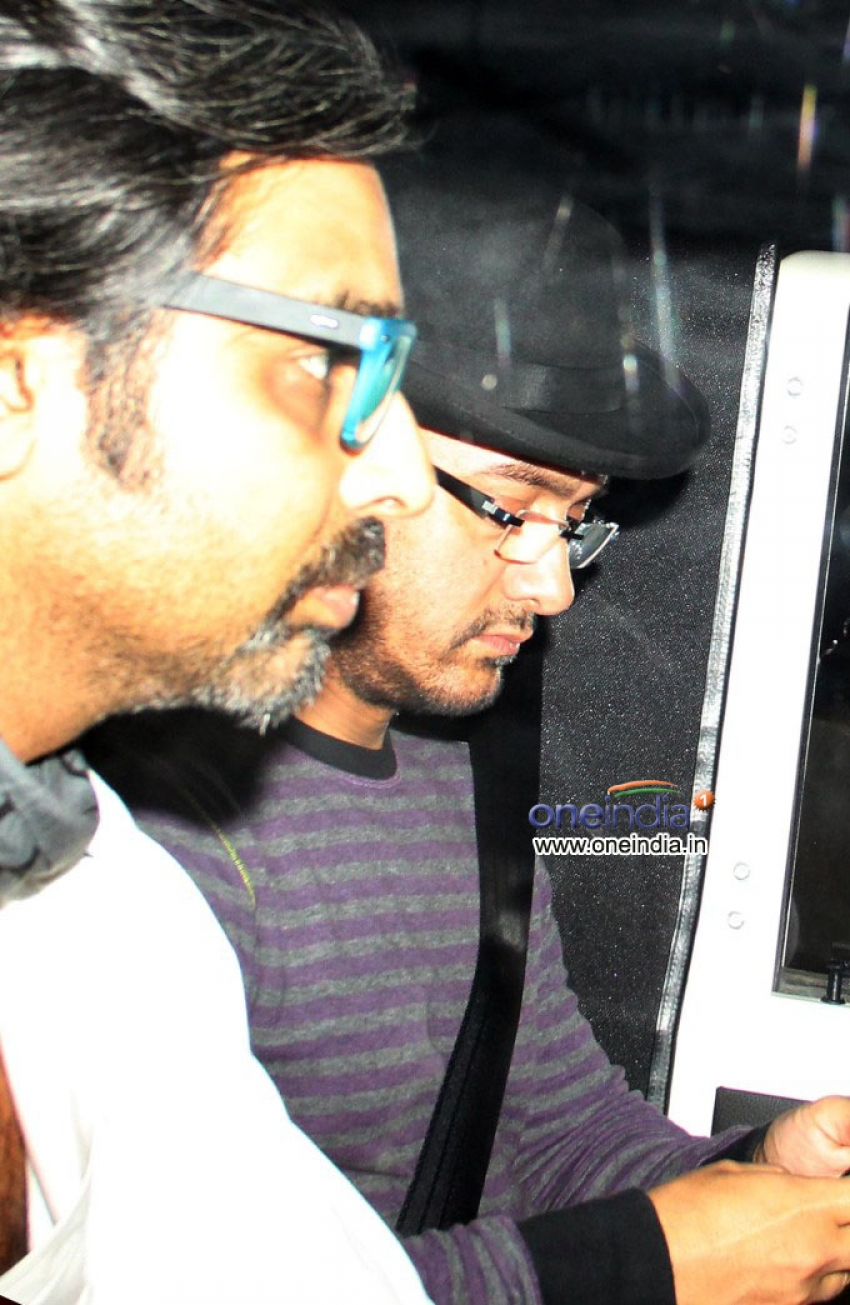 Special Screening Of Dhoom 3 For Raj Thackeray Photos