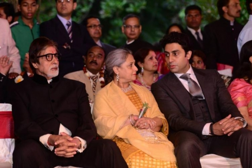 Amitabh, Jaya, Abhishek & Aishwarya attend a family wedding Photos
