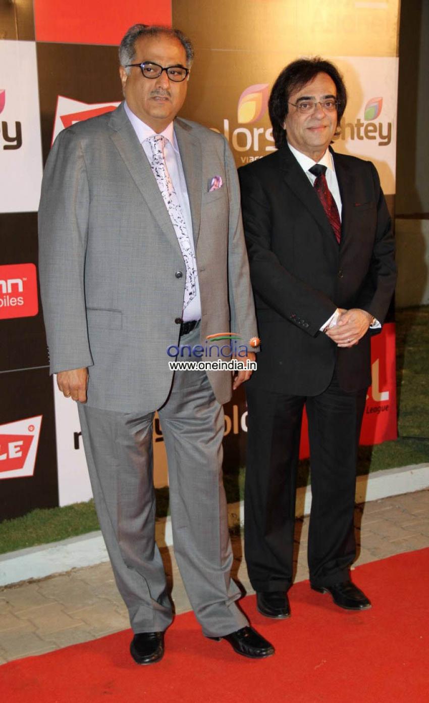 Celebrity Cricket League Inaguration Red Carpet 2014 Photos
