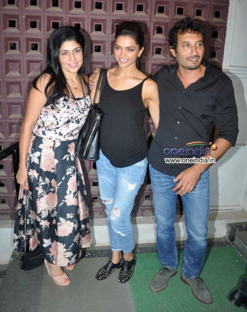 Deepika Padukone at Shaimak Davar's Dance Show Photos