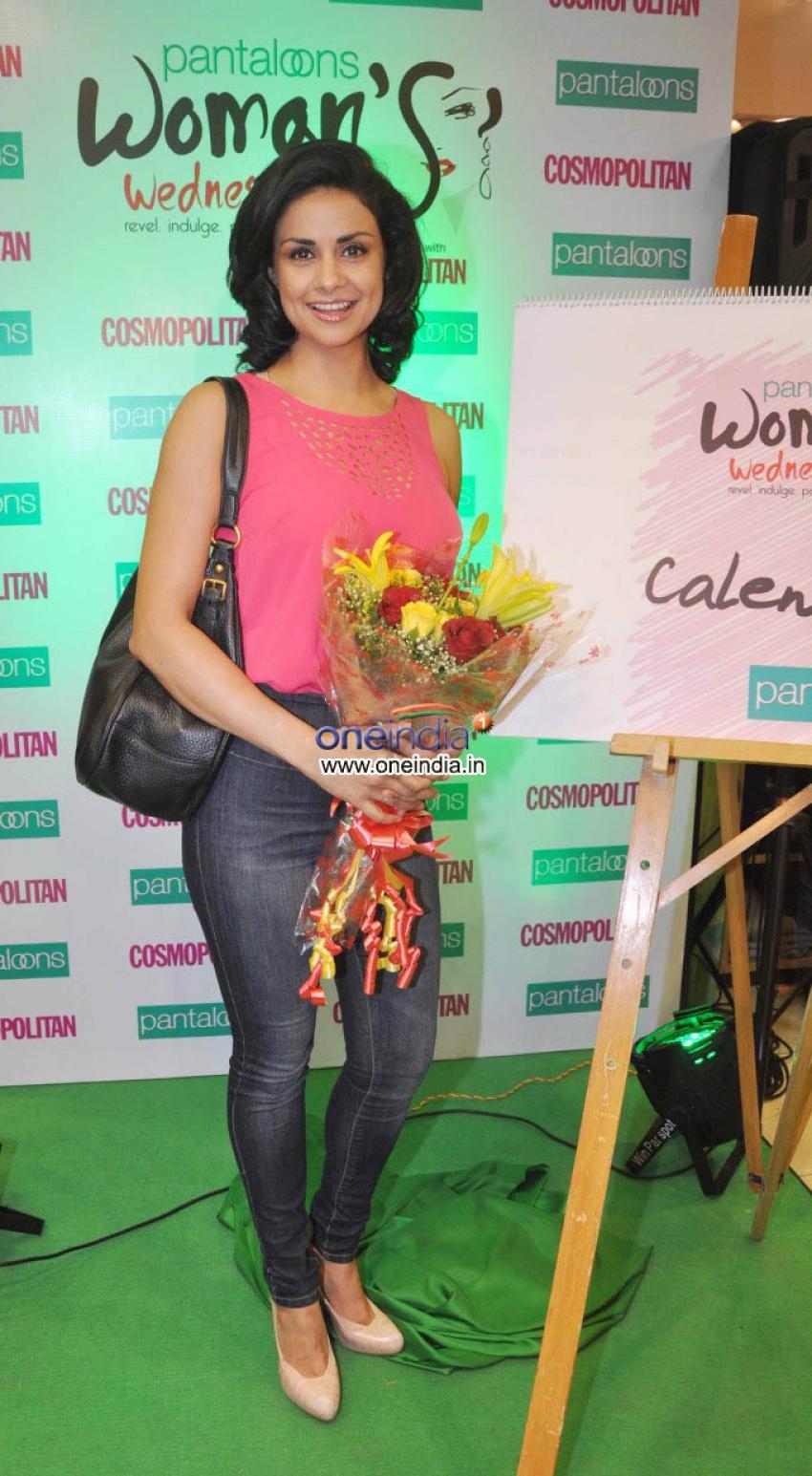 Gul Panag launches Pantaloons Women's Wednesday Photos