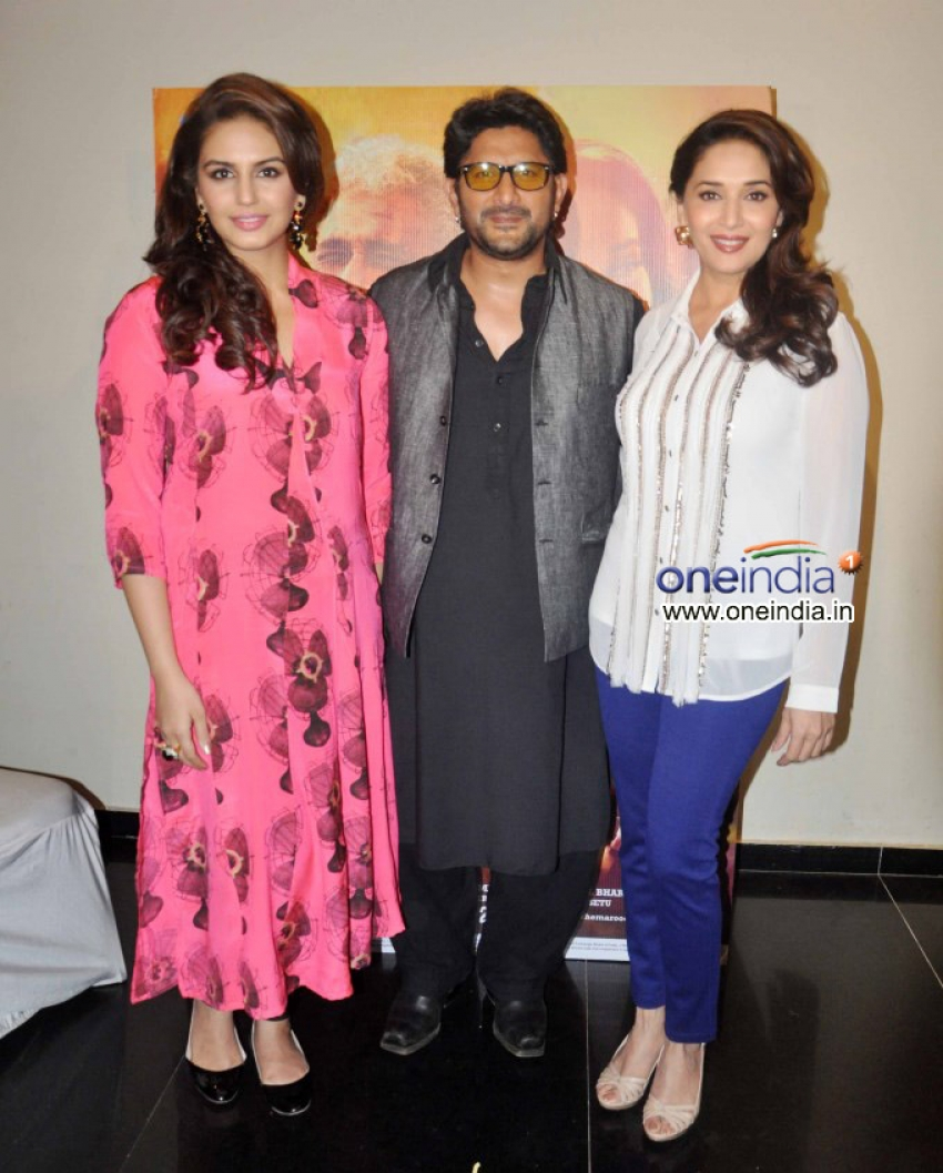 Media Interactions of film Dedh Ishqiya Photos