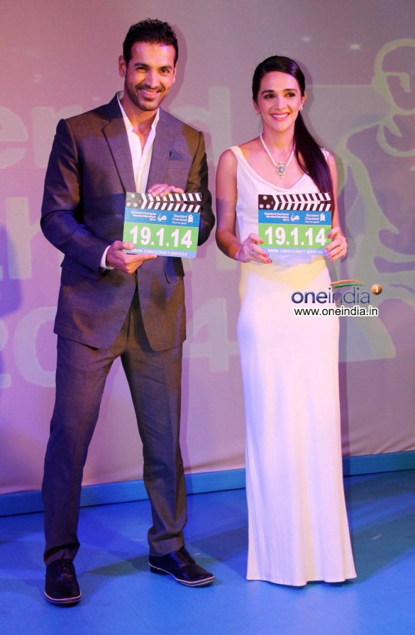 Standard Chartered Mumbai Marathon 2014  press conference Photos