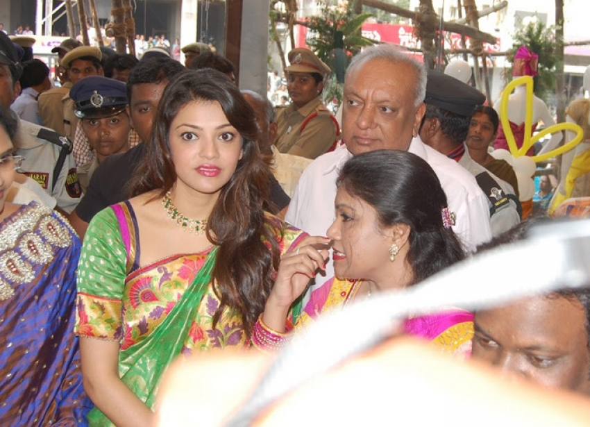 Kajal Aggarwal Launch Srinikethan Shopping Mall Photos