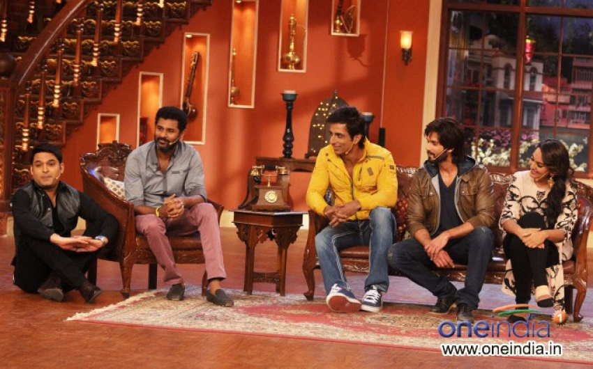 R Rajkumar film promotion on the sets of Comedy Nights With Kapil Photos