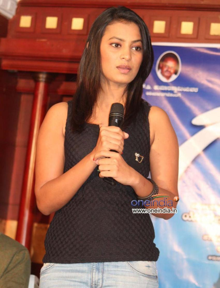 Gaali Film Press Meet Photos