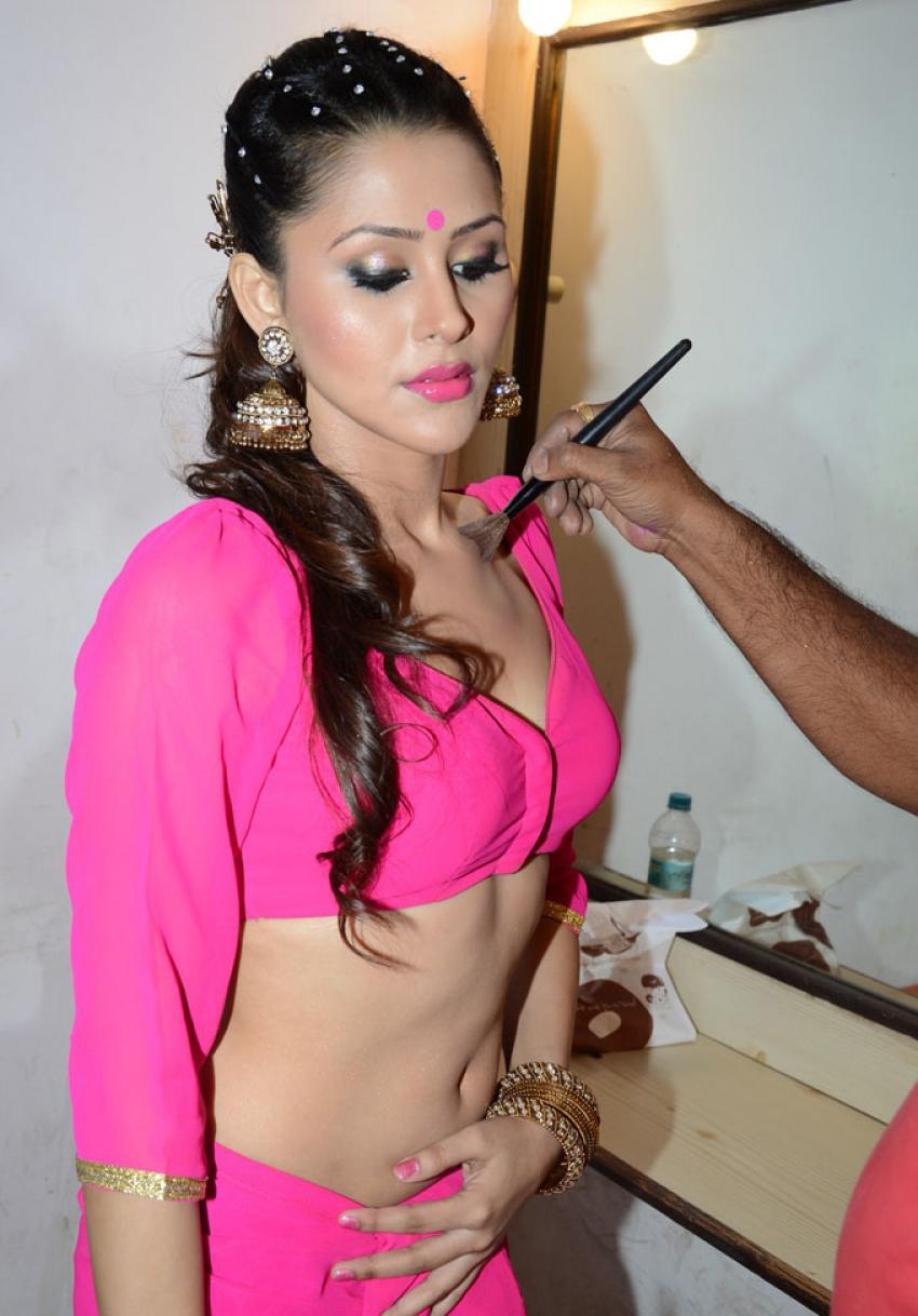 Mainu Ek Ladki Chahiye film item song shooting Photos