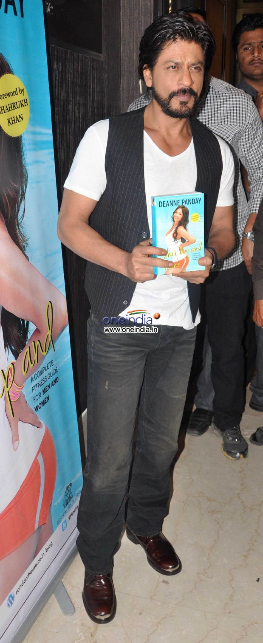 Shahrukh Khan launches Deanne Panday's book Shut Up and Train Photos