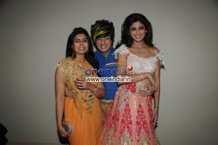 Shilpa Shetty Walks for Rohit Verma Haute Couture Showcased Eclectic Collection Photos