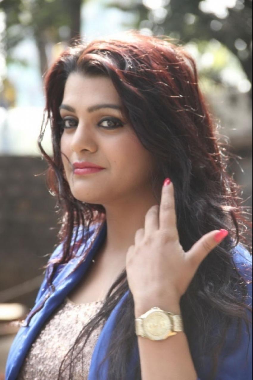 Tashu Kaushik Photos