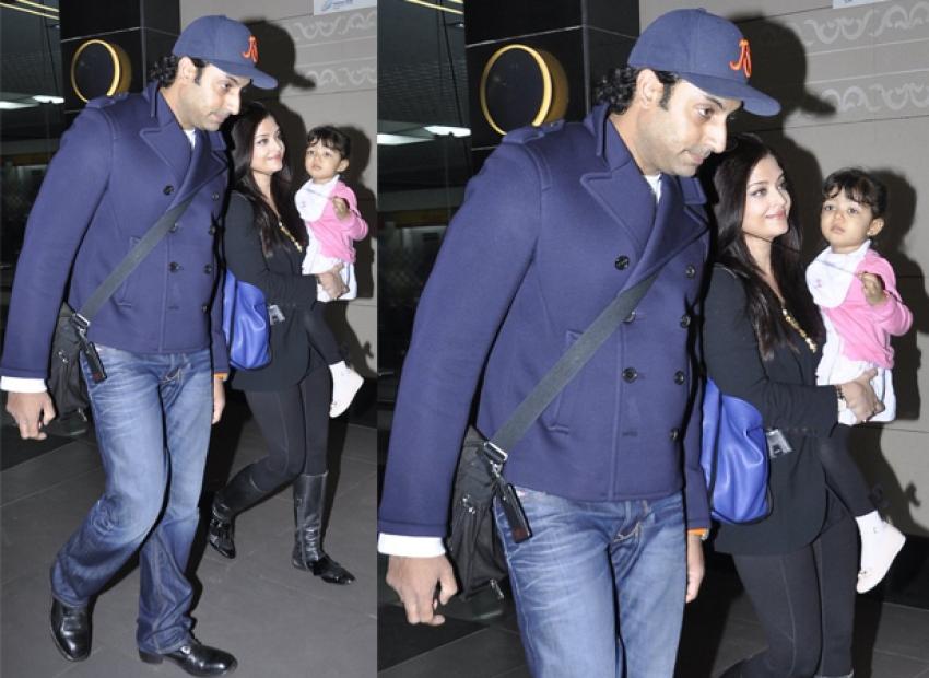 Aishwarya Rai and Shilpa Shetty snapped at Airport Photos