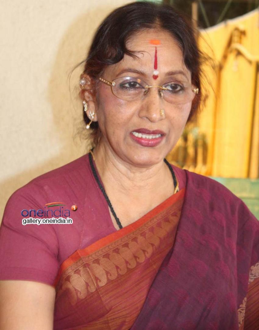 Bharathi Vishnuvardhan Photos
