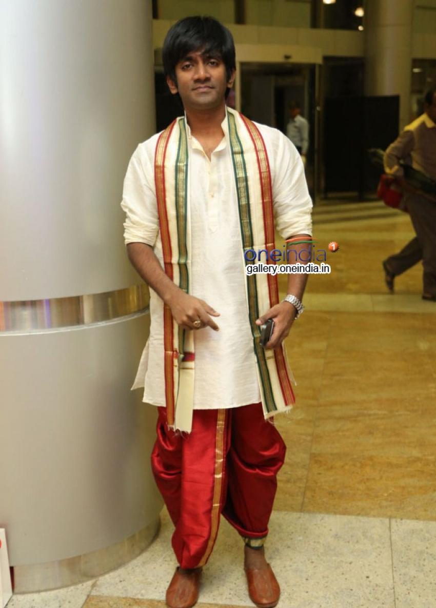 Dharan Kumar Photos