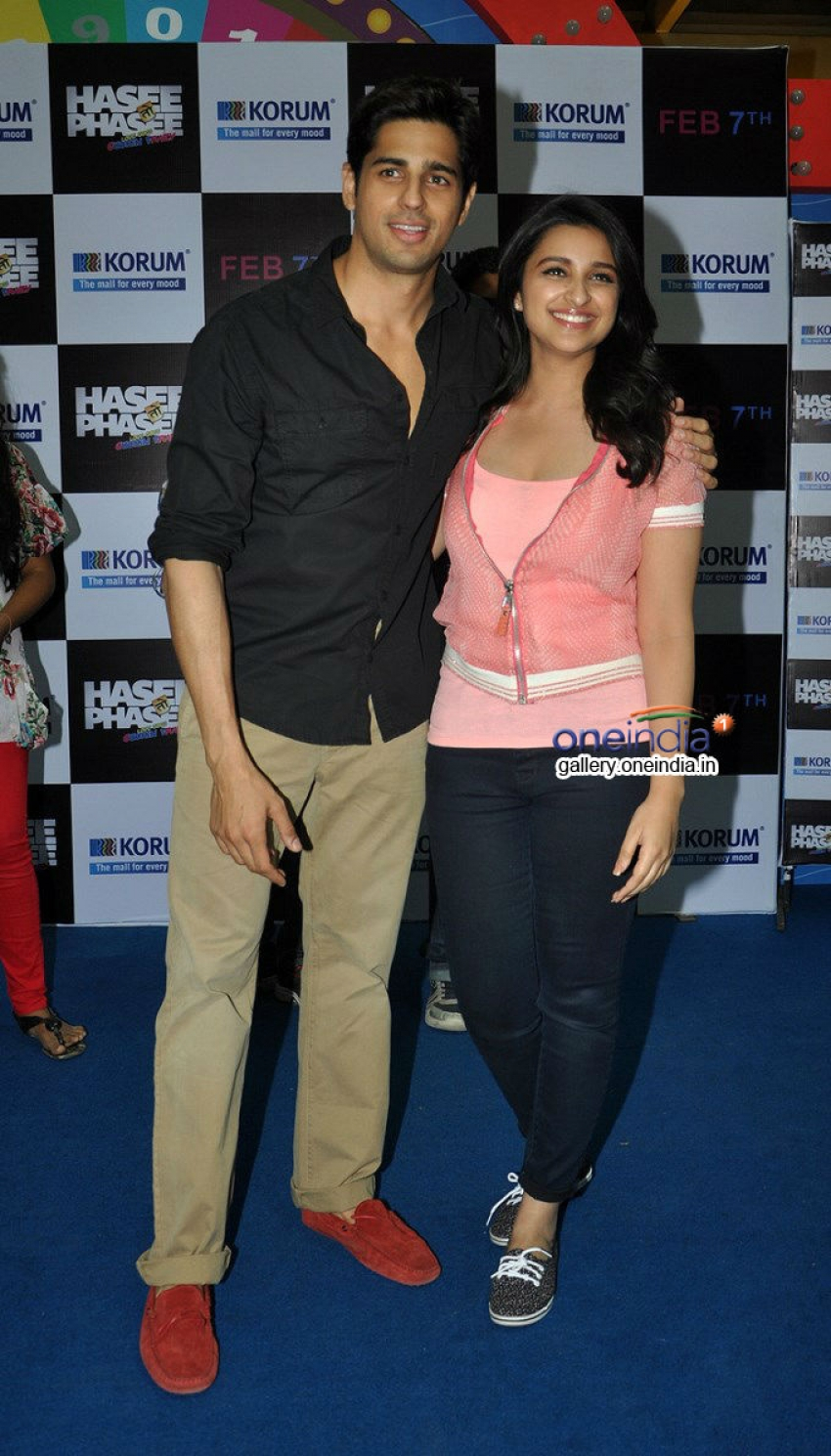 Hasee Toh Phasee Film Promotion At Thane Photos