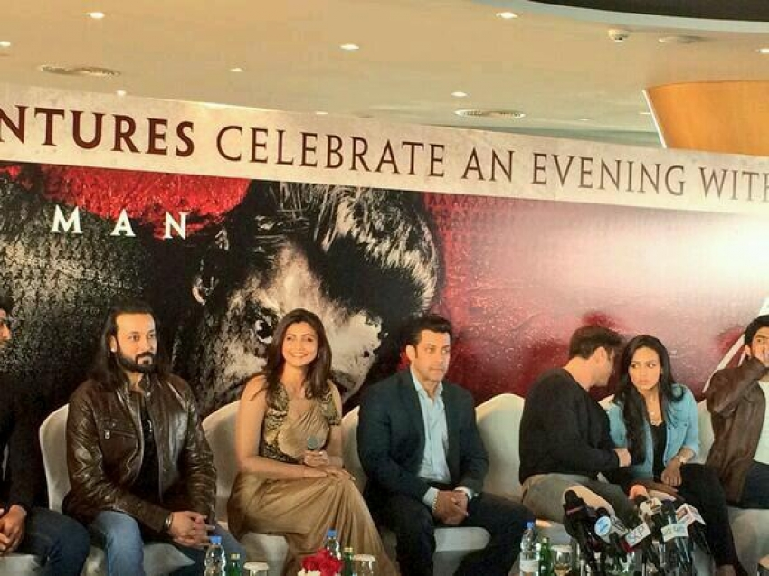 Jai Ho film promotion at Dubai Photos