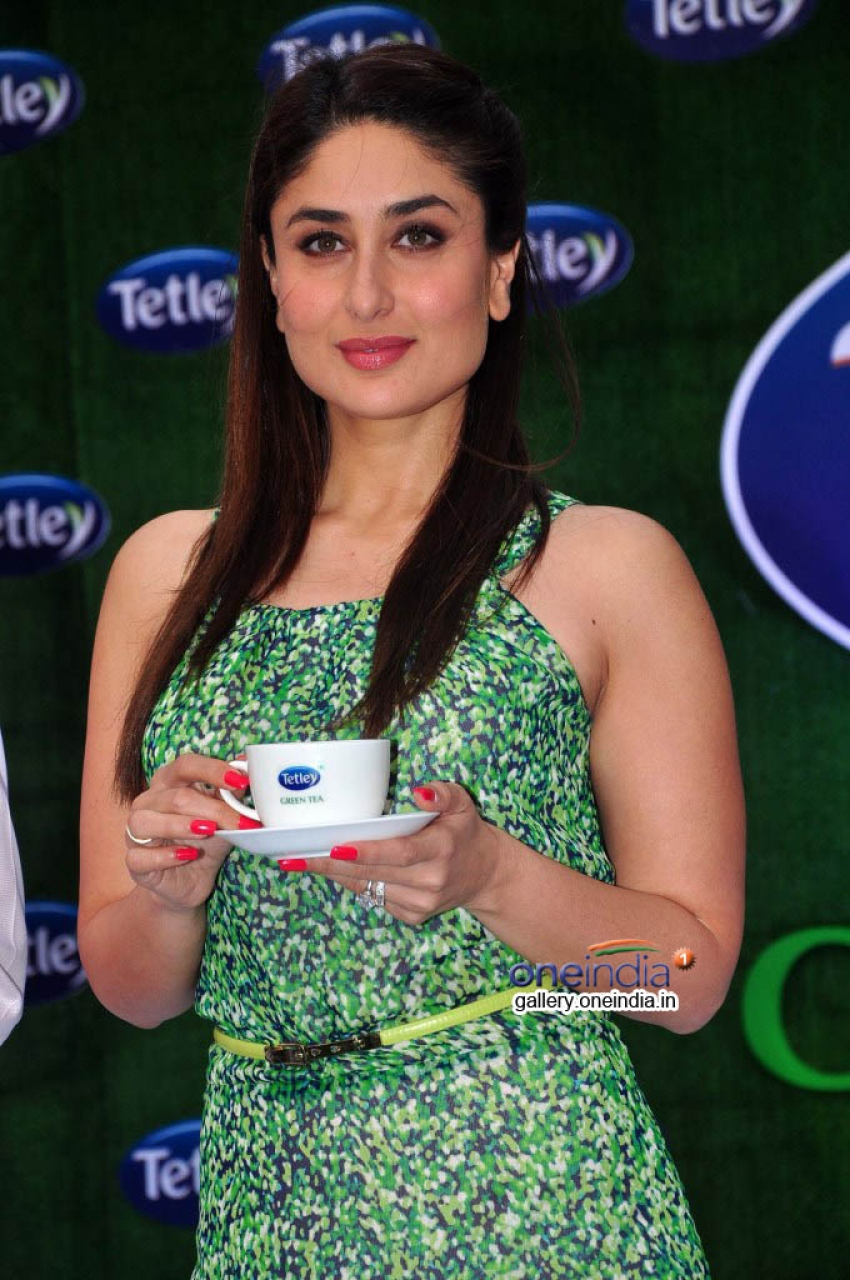 Kareena Kapoor relaunch Tetley Green Tea Photos