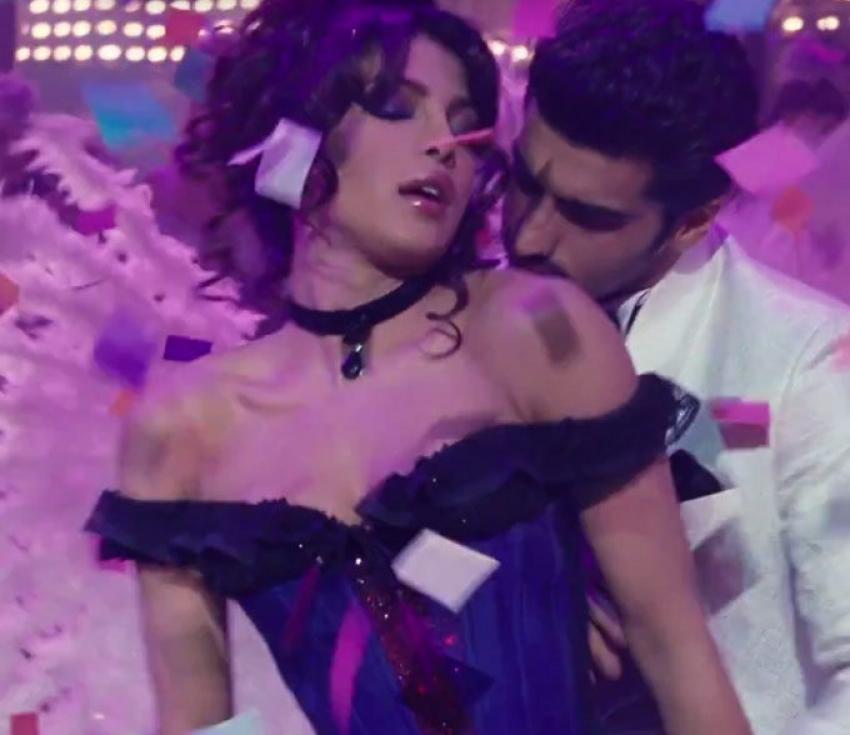 Priyanka Chopra Cabaret Song Asalaam E Ishqum From Gunday Photos