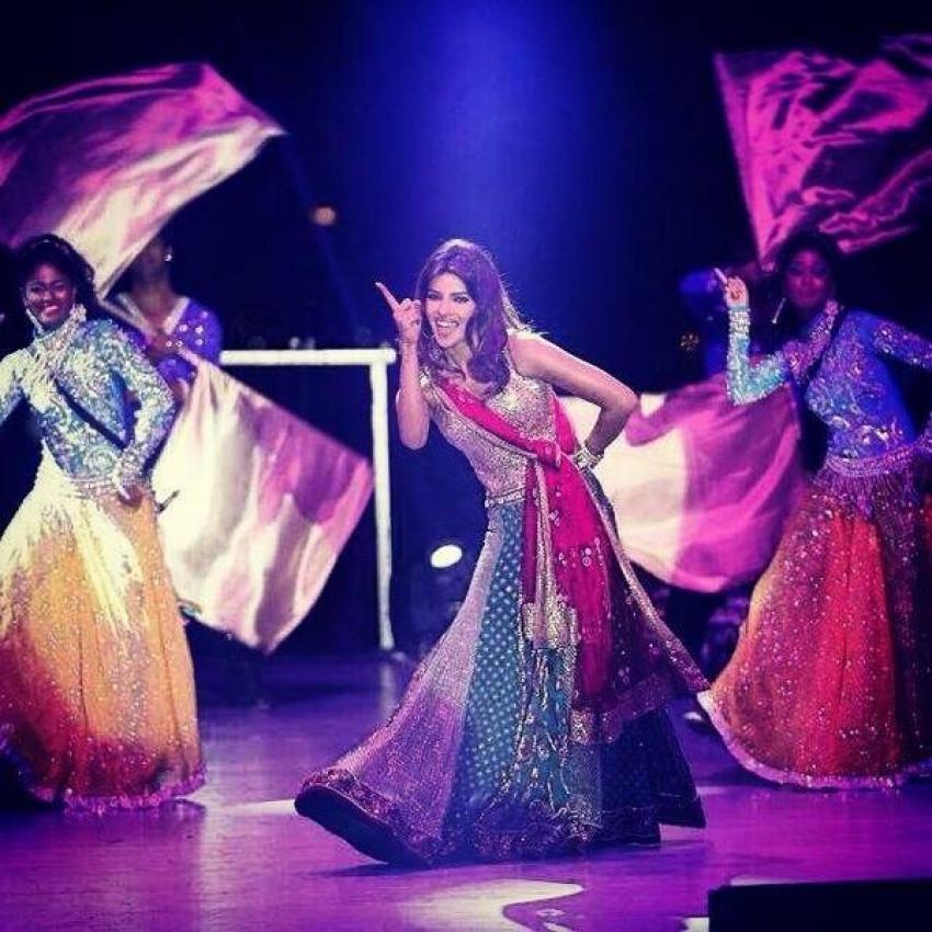 Priyanka Chopra, Alia Bhatt and Hrithik Roshan snapped at a wedding in Udaipur Photos