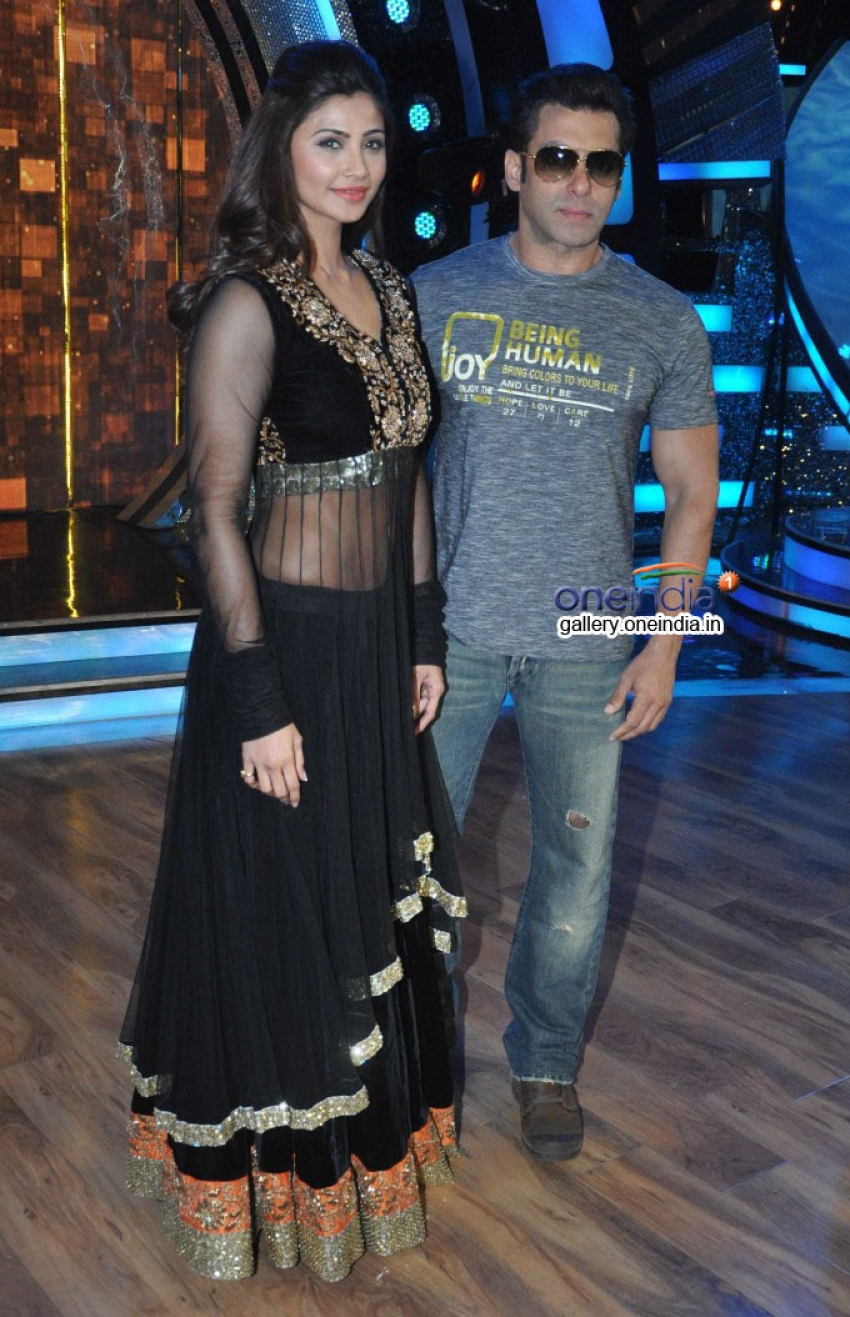 Salman Khan promotes Jai Ho on Dance India Dance Photos
