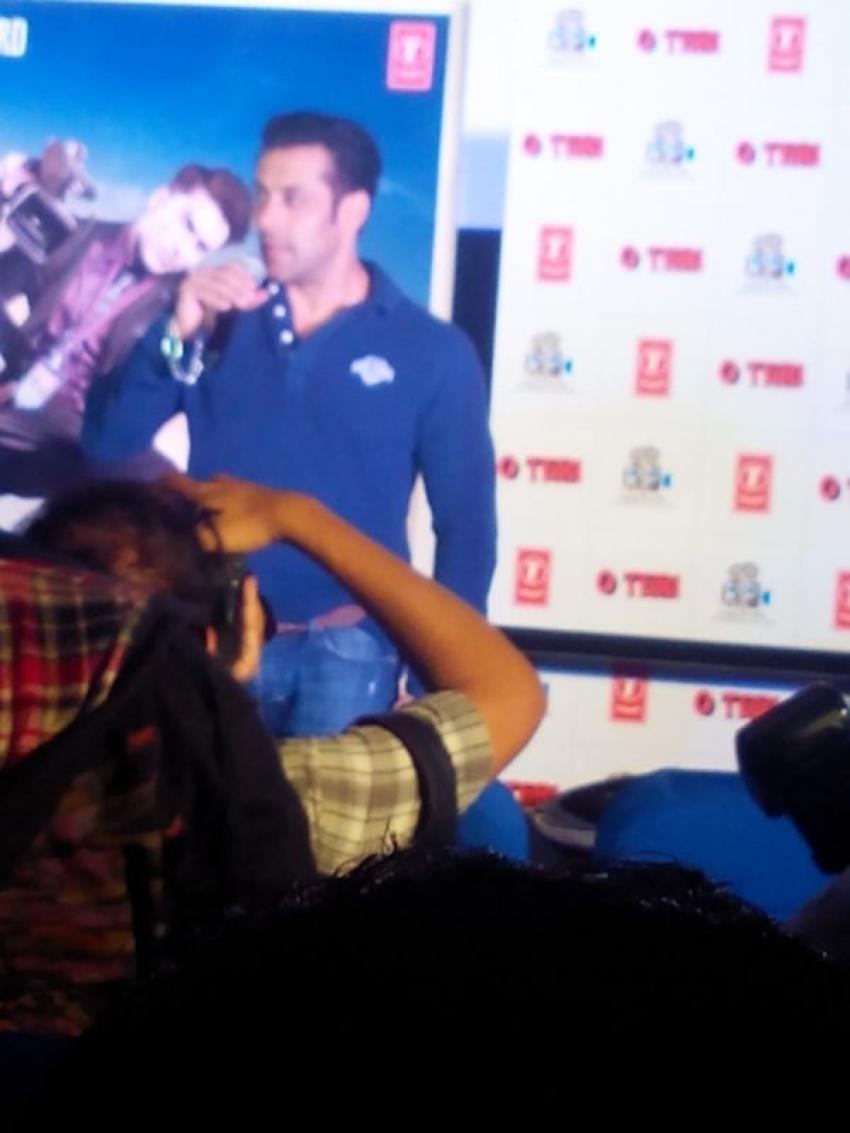 Salman Khan Launches O teri Trailer Photos