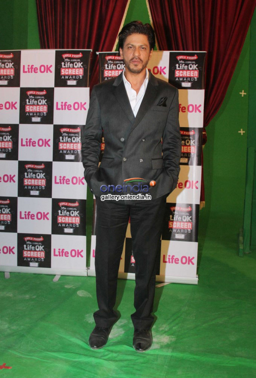 Shahrukh Khan at promo shoot of Screen Awards Photos