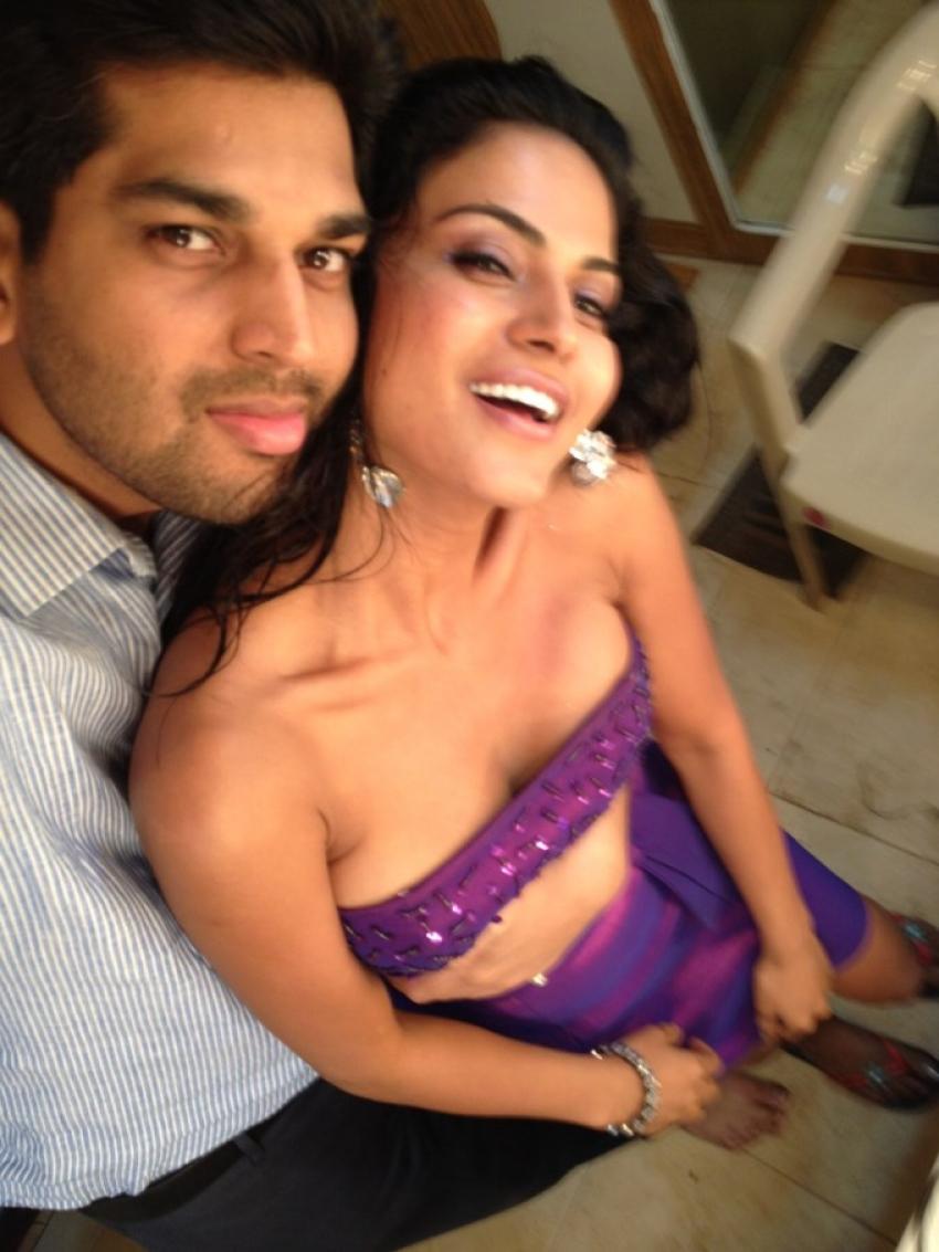 Veena Malik with live-in partner Prashant Singh Photos