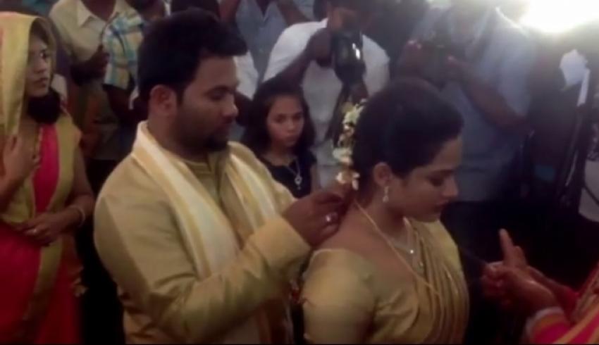 Aju Varghese weds Augustina Photos