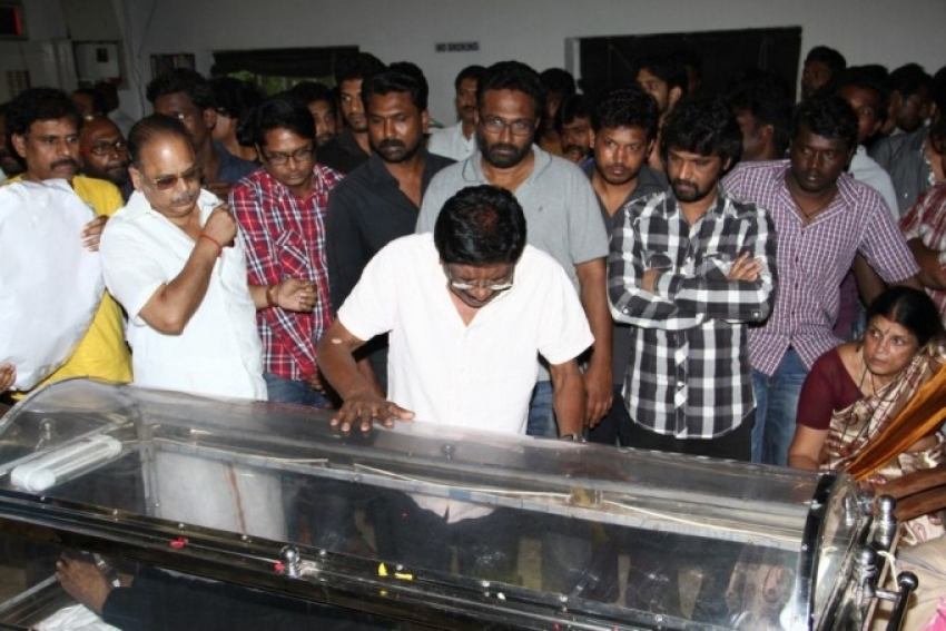 Celebs pays homage to Director Balu Mahendra Photos